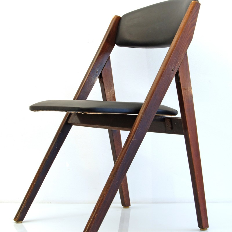 2 fifties foldable chairs