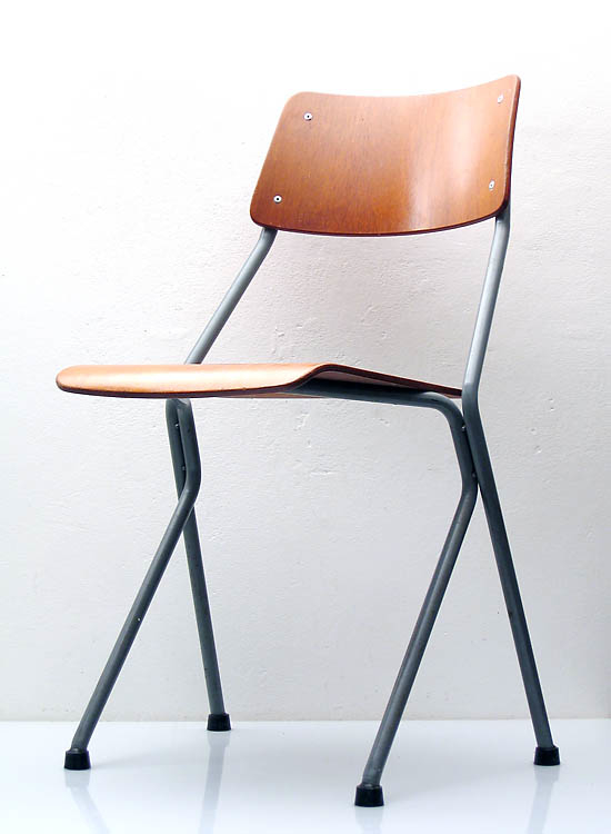 Ahrend de Cirkel sixties chair