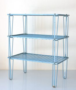 Collapsable Sixties blue shelf system