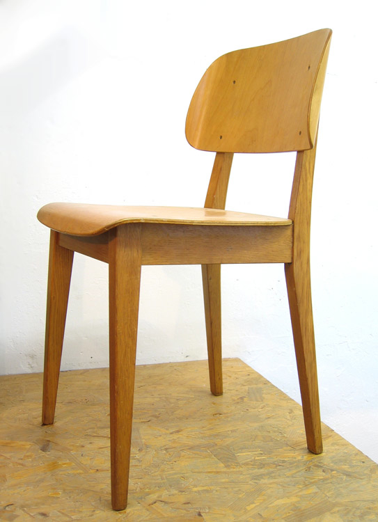 Pastoe Cees Braakman retro plywood chair.