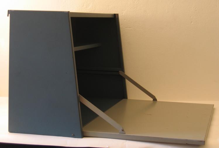 Pilastro metal writing cupboard