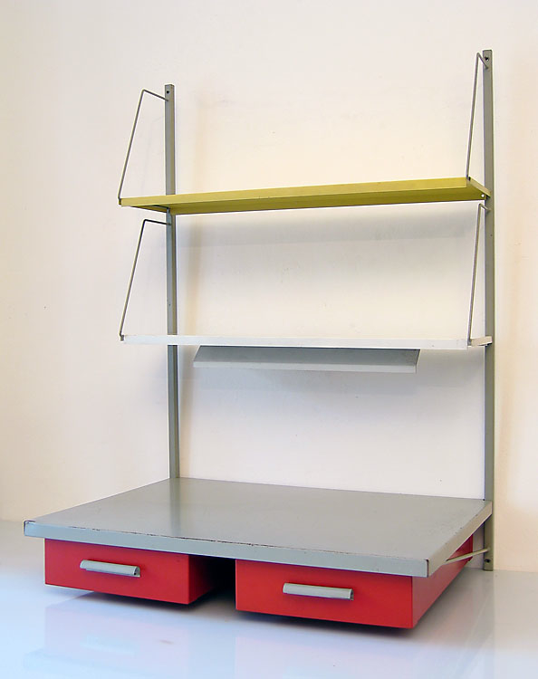 Pilastro sixties shelf unit with lamp