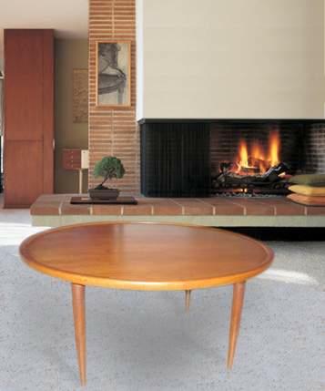 Round Scandinavian salon table