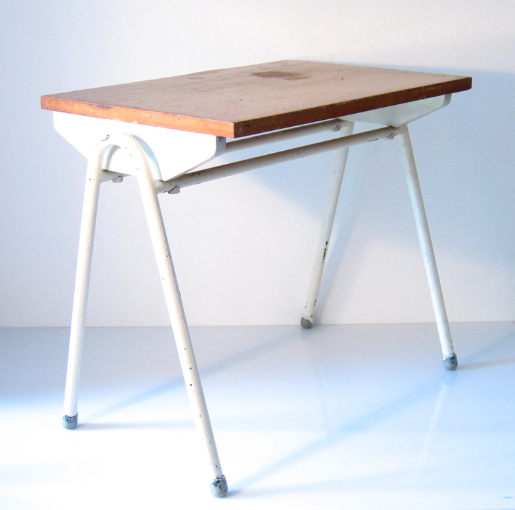 Willy Van Der Meeren children's desk