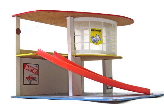 vintage toy garage