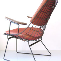 2 Cees Braakman FM06 Pastoe relax chairs-3