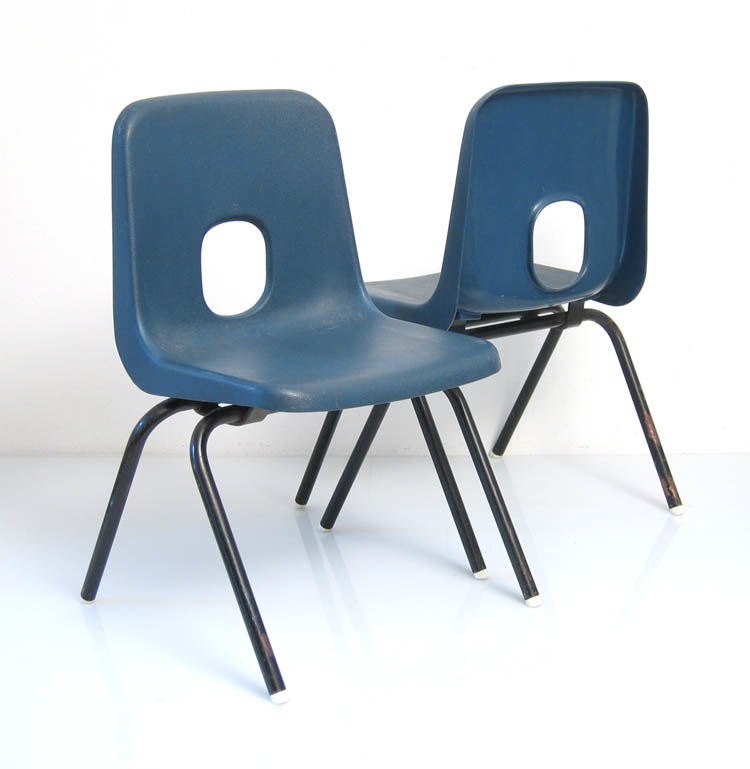 2 Robin Day Hille childrens chairs, 60s, vintage retro