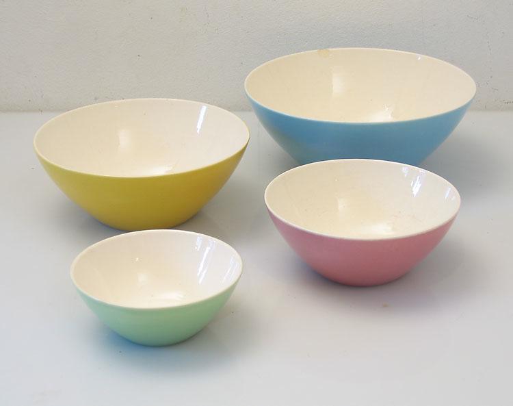 4 fifties Villeroy & Boch ceramic bowls