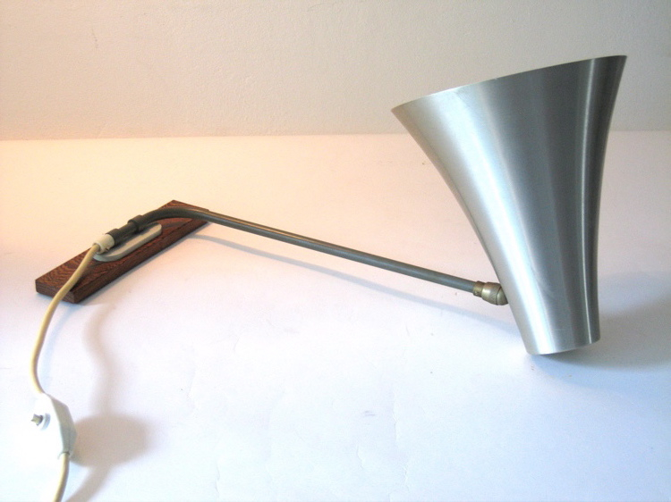 Aluminium fifties vintage Philips design wall lamp