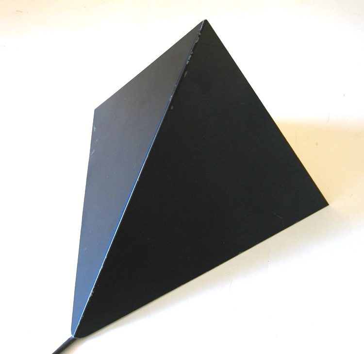 Anvia vintage sixties pyramid wall lamp