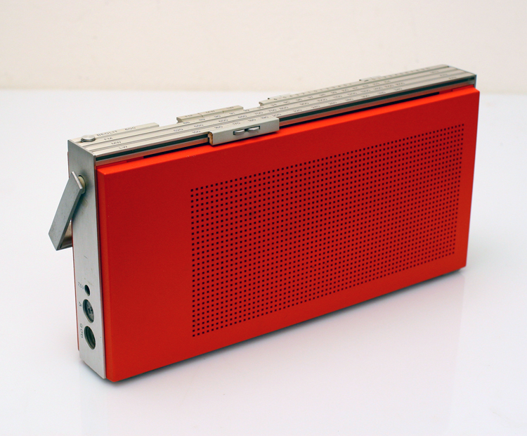 Bang & Olufssen Beolit 600 Radio - Jacob Jensen design