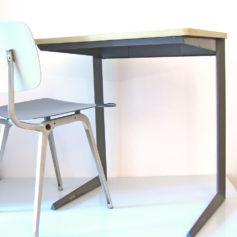 Friso Kramer vintage Ahrend - De Cirkel design desk