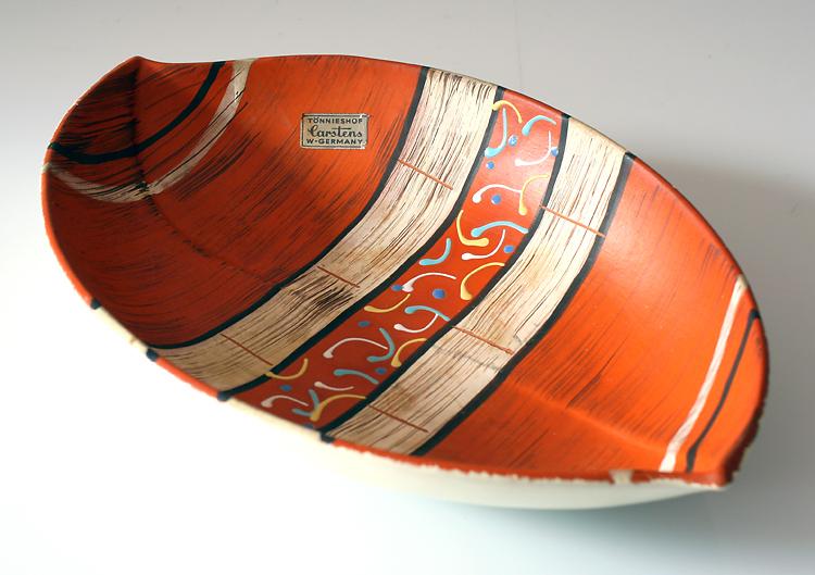 Leaf shaped fifties vintage painted bowl