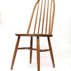 Oak Quaker chair design Lucian Ercolani, Ercol, 50s