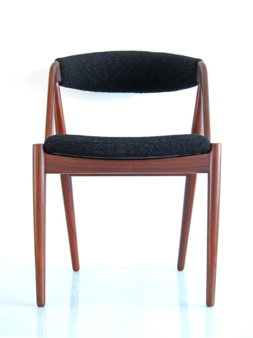 Scandinavian vintage wooden dining table chair4