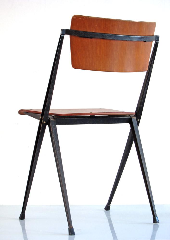 Wim Rietveld Pyramid Ahrend Cirkel chairs3
