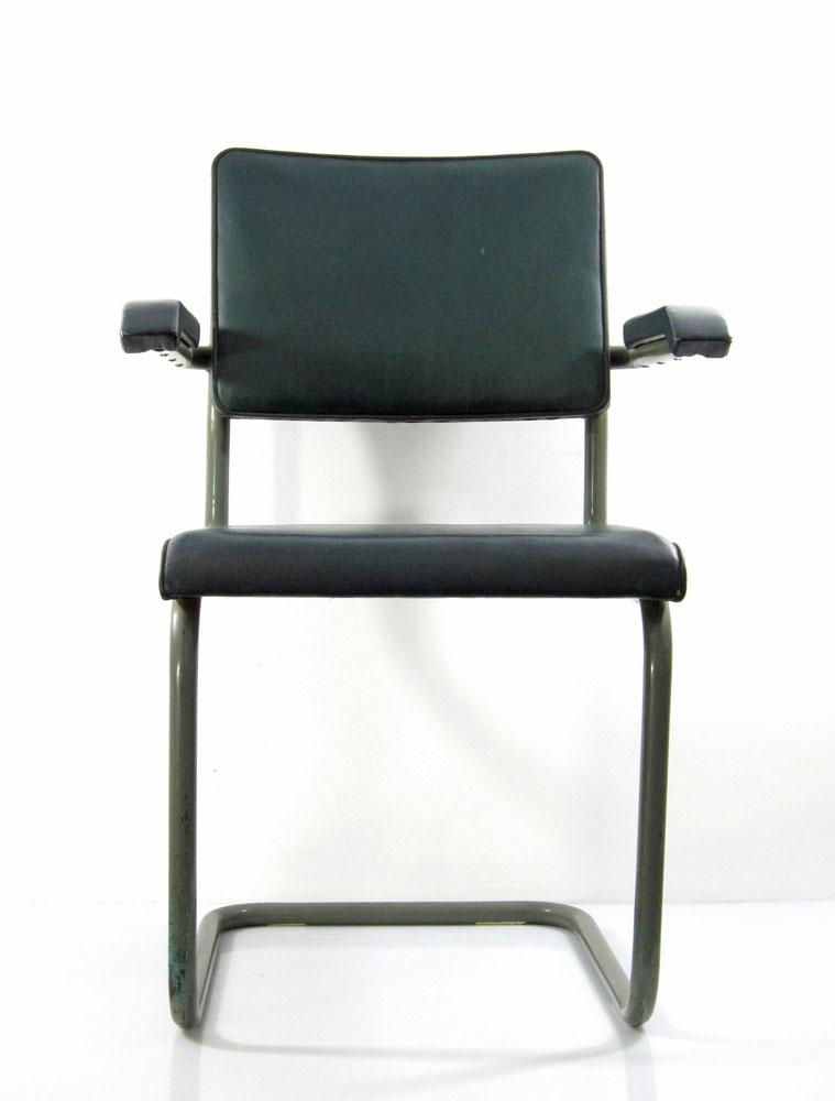 marcel breuer style vintage bauhaus cantilever chair. Black Bedroom Furniture Sets. Home Design Ideas