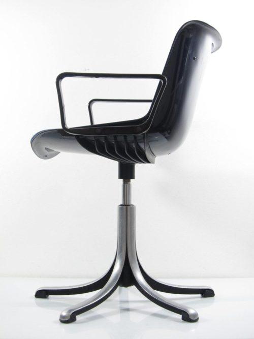 Osvaldo Borsani chair
