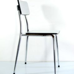 In great condtion. Metal frame with formica seat and backrest.Dimensions: height 78 cm, width 41,5 cm, depth 45 cm.€ 195,-