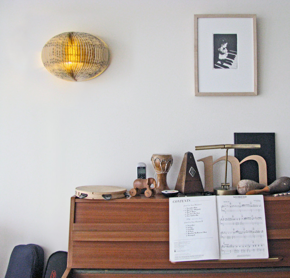 musica booklamp