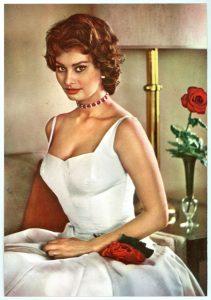 Sofia Loren fifties sixties vintage postcard.