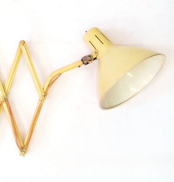 Bauhaus style vintage industrial design wall lamp