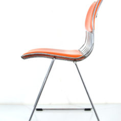 Seventies Pop Rudi Verelst Dining Chair for Novalux. Also a second one available in the same colour. A rare original Rudi Verelst chrome metal dining chair for Novalux with original skai upholstery. Strong design, chair in good condition wear consistent with age and use. Amazing Pop Art colour and gives a super WOW impact. Great for an exclusive interior space or office. Dimensions: height 80 cm, width 49 cm, depth 50 cm, sitting height 47 cm.
