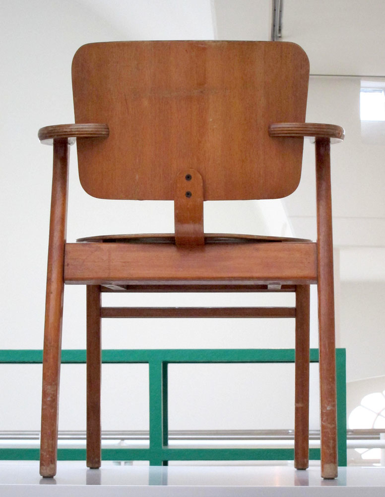 Illmari Tapiovaara Domus chair from 1946 in Ghent