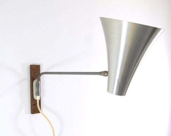 Aluminium fifties vintage Philips design wall lamp