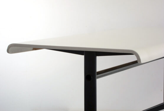Friso Kramer Auping coffee table ; Wim Rietveld, Alvar Aalto, Jean Prouve, Charlotte, Perriand, Le Corbusier, Ahrend, Plywood, Mategot