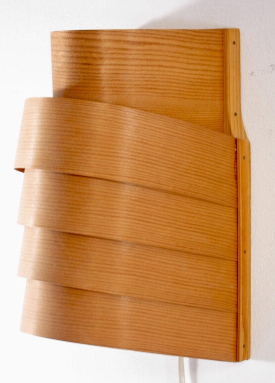 Hans Agne Jakobsson wooden fifties sconce lamp - Louis Poulsen, Fog & Morup, Poulsen, Henningsen, Lyfa, Jalk, Hammerborg, Sarfatti, Aalto