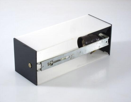 Minimal vintage sixties perspex bathroom light - Walter Zeischegg; Jacob Jensen, Braun, Dieter Rams, Ettore Sottsass, Olivetti, Joe Colombo