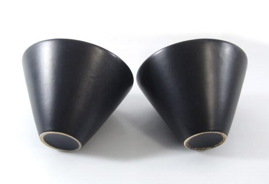 Set of 2 sixties ceramic vases - jan van der vaart, pilastro, eames, tapio wirkkala, charlotte perriand, jan schoonhoven, mondrian, rietveld